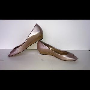 Cole Haan Size 8.5 RoseGold leather open toe wedge